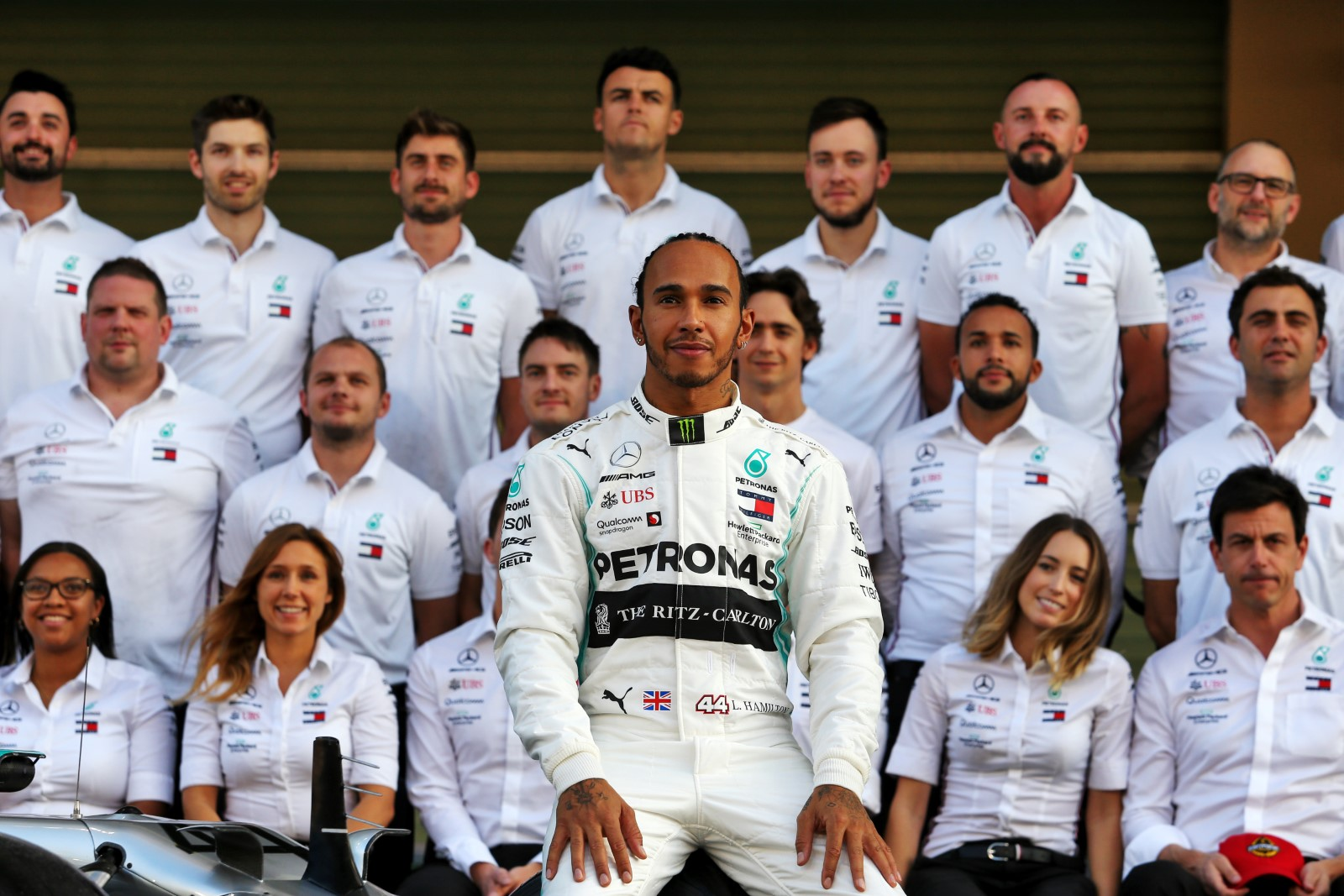 Lewis Hamilton Fumes Over the Silence of F1 on George Floyd Death